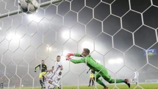 Lucas Perez scores