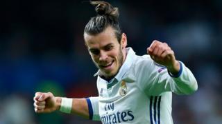 Bale celebra un gol