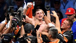 Jeff Horn celebrates winning the world title