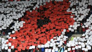 Wales fans' poppy display at Wales v Serbia