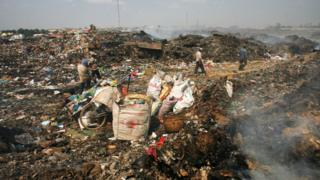 The Stung Meanchey dumpsite in 2008