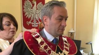 اولین شهردار هم جنس گرای لهستان