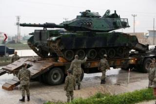 Reyhanlı yaxınlığına göndərilən bir tank