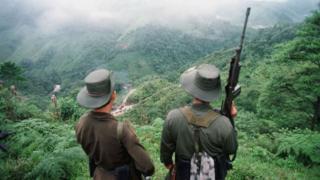 бойцы ФАРК на перевале