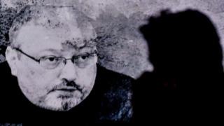 جمال خاشقجی، روزنامهنگار منتقد عربستانی در روز ۱۰ مهرماه در کنسولگری کشورش در استانبول به قتل رسید