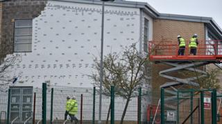 Workers on site at Oxgangs Primary School