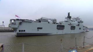 HMS Ocean arriving in Devonport