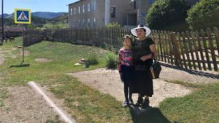 Валентина Паянтинова с внучкой