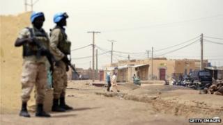 Askarta nabad ilaalinta Mali u jooga qaarkood