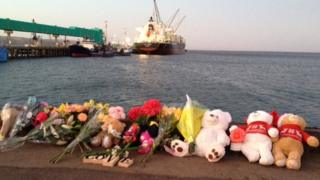Port Lincoln locals laid flowers and toys for the two children and young father killed in a suspected murder-suicide