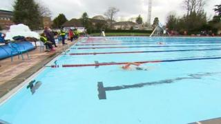 Ice swimming Lido