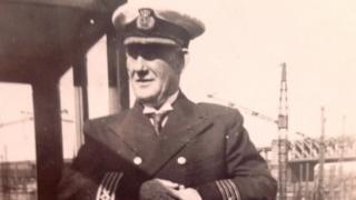 Capt Murdo Macleod