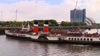 Waverley naviguant sur la Clyde