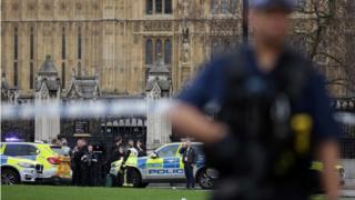 Parlamento önündeki saldırı sonrası olay yeri