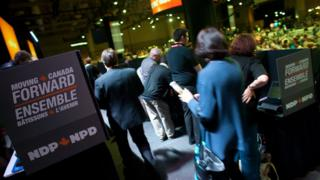 Delegates queue up to vote during the 3rd ballot at the NDP leadership convention in Toronto, Ontario, March 24, 2012.