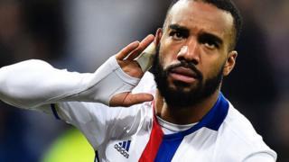 Arsenal waanza mazungumzo ya kumsajili mshambuliaji Alexander Lacazette kutoka Lyon