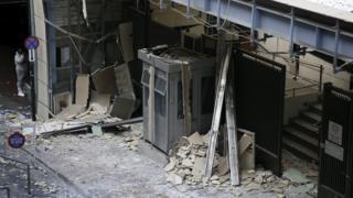 Damaged entrance to Cypriot embassy (24 Nov)
