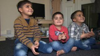 UK 'considering' refugee children call