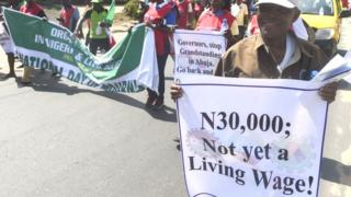 NCL workers dey protest minimum wage increase