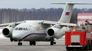 24 февраля 2012 года Ан-148 совершил вынужденную посадку из-за отвалившегося колеса на левой основной стойке шасси