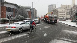 Heavy snowfall in Nottingham city centre