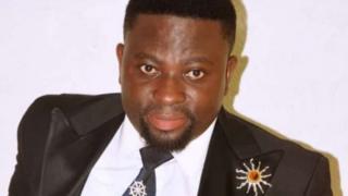 Brother Sammy avuga ko akiza SIDA akoresheje 'amazi ya mwuka wera'