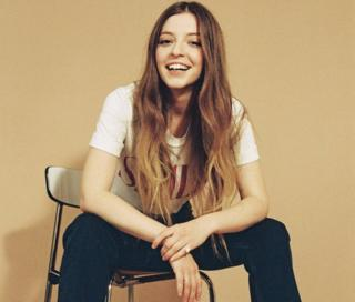 Jade Bird (courtesy of Glassnote Records)