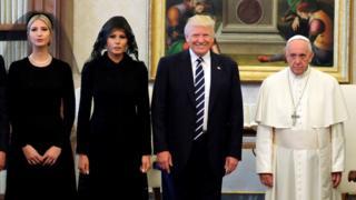 Трамп с семьей и папа