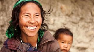 Una madre tibetana y su hijo