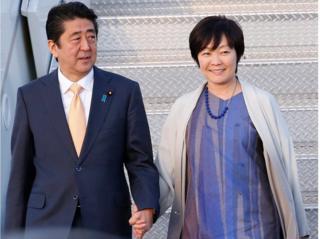 国会では安倍首相と昭恵夫人への証人喚問を求める声も