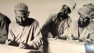 1928 год. В Душанбе организованы первые курсы по ликвидации безграмотности