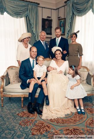 查爾斯夫婦、薩塞克斯公爵夫婦、威廉夫婦、喬治王子、夏洛特公主和路易王子
