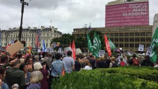 Counter demo at Scottish Defence League rally