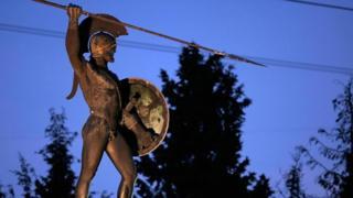 Estátua de soldado espartano