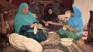 30% من الأسر المصرية تعولها سيدة