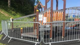 Climbing frame fenced off
