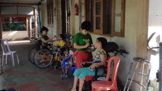 မိဘကစွန့်ပစ်ထားတဲ့ ကလေးငယ်တွေကို လူမှုဝန်ထမ်းဦးစီးဌာနအောက်က ဂေဟာတွေမှာ စောင့်ရှောက်ထား