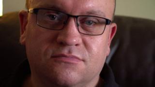 Craig Franklin, que recebeu diagnóstico de infertilidade, um tema considerado tabu por muita gente