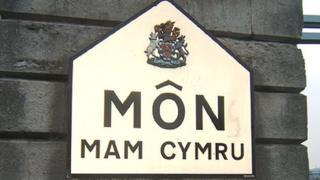 Môn Mam Cymru