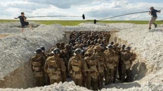Создатели фильм стремились в максимальной степени передать звуковую атмосферу войны