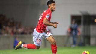 L'ailier gabonais Denis Bouanga a contribué à la victoire de Nîmes sur le Stade de Reims.