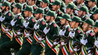 أفراد من الحرس الثوري