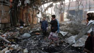 Muungano unaoongozwa na Saudia ulishambulia mkutano wa mazishi Yemen