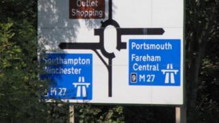 M27 sign