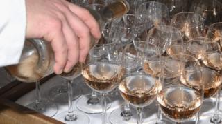 Rose wine (file pic)