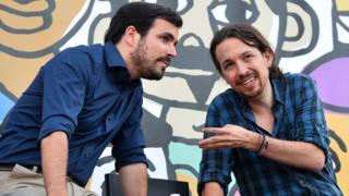 Alberto Garzón (izquierda) y Pablo Iglesias