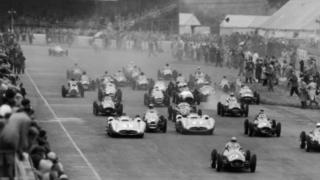 BRM driver Frolian Gonzalez leading the pack at the 1954 Grand Prix, followed close behind by Stirling Moss and Mike Hawthorn.