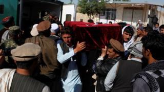 Dowladda Afghanistan ayaa dagaal kula jiirta dagaalyahaanda Taliban