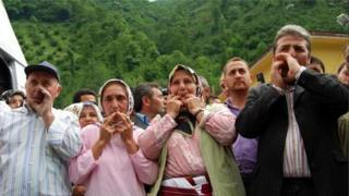 Kuşköy sakinləri