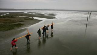 Pilgrims head to Holy Island